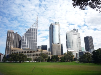 1-sydney_skyline